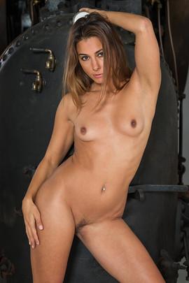 Model: Anetta