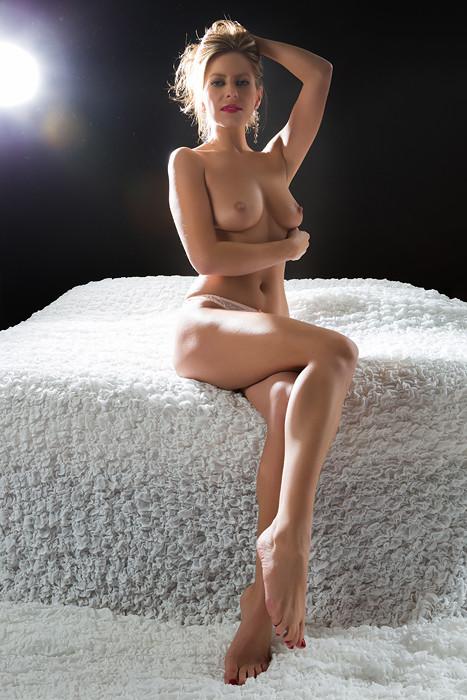 Model: Monica Sheridan