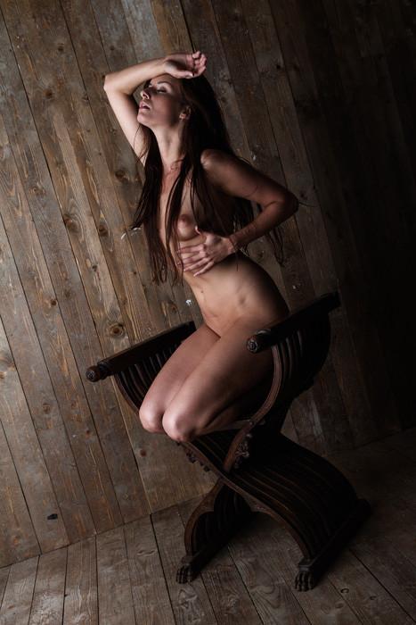 Model: Kamila