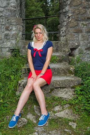 Model: Jill