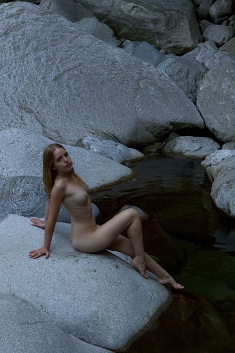 Model: Melanie