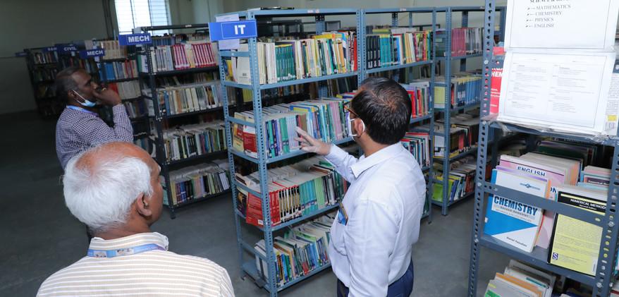 34. Library.JPG