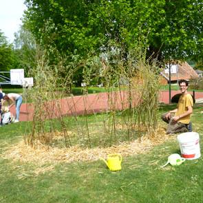 création d'une cabane végétale