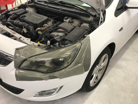 Opel Astra - Oscuramento fari, fanali e indicatori di direzione