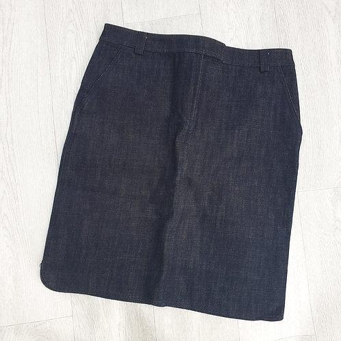 🌼FCUK jeans dark rinse knee length skirt. Size 12