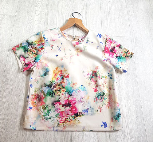 🔷️Coleen X cream stretchy floral t-shirt with zip up back size 10