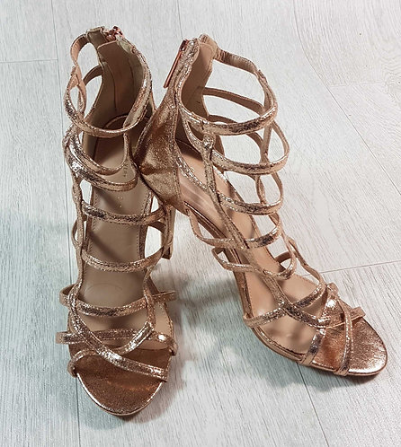 ◽Very rose gold high heeled sandals. Size 6/39 NWT