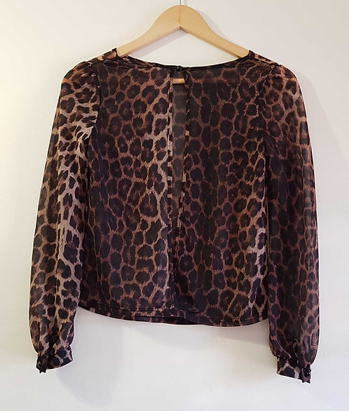 ◾Womens animal print lightweight top with open back. Size 8
