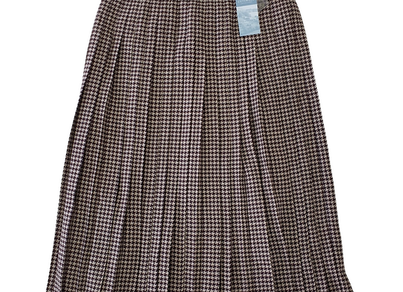 Cotswold Collections vintage wool skirt. Uk 16 NWT