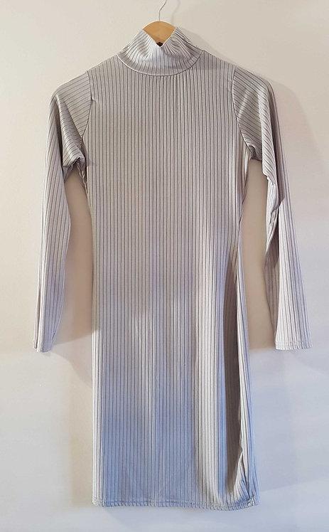◾BooHoo grey long sleeved pencil dress. Size 14