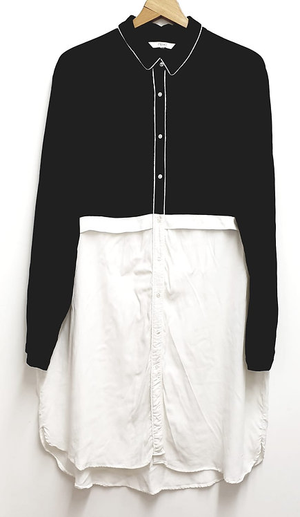 •Next long black/white blouse. Size 18