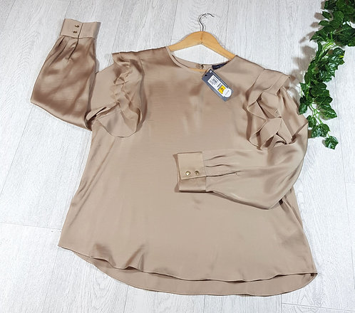 ✴M&S gold silk feel shirt with ruffled sleeves and gold buttons (NWT)