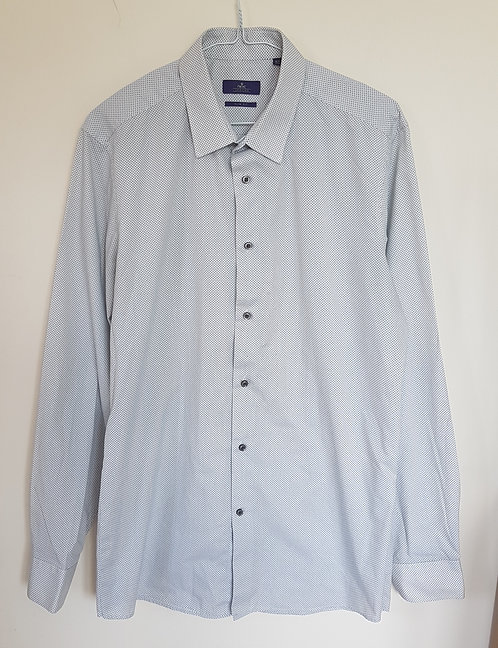 "NEXT. White shirt with grey pattern. Size 16 1/2"" - 42cm. Slim fit."