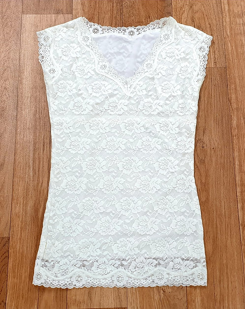 Ivory lace slim fit T-shirt. Uk 10