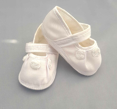 Soft white christening shoes with velcro fastening. 3-6m