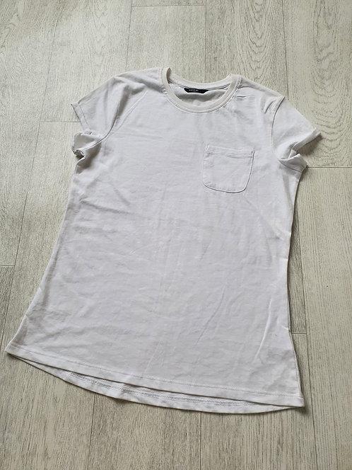 George white t-shirt. 13-14yrs