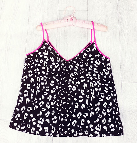 ⭐F&F black animal print camisole. Size 12
