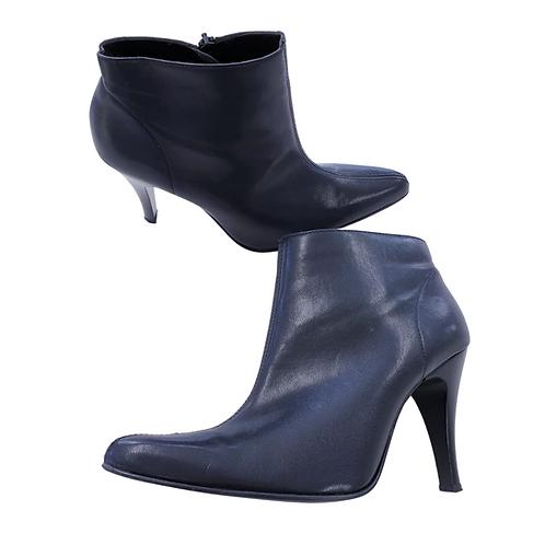 Vivaldi at Debenahams Black ankle boots. Eu 40