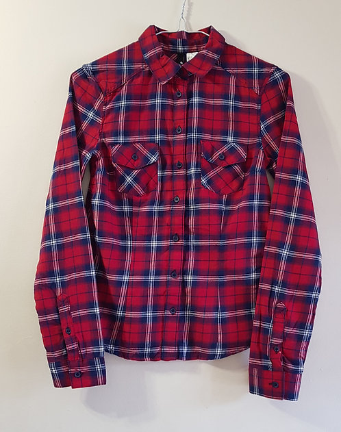 H&M. Red and blue check shirt. Size 6 Euro 32.
