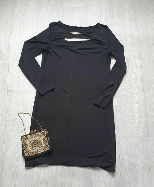 Definitions black dress. Size 16