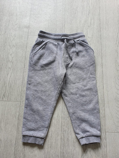 🐺George grey tracksuit bottoms. 1½-2yrs
