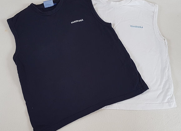 DIADORA. Set of two sleeveless tops. Navy and White. Size 7-8 years.
