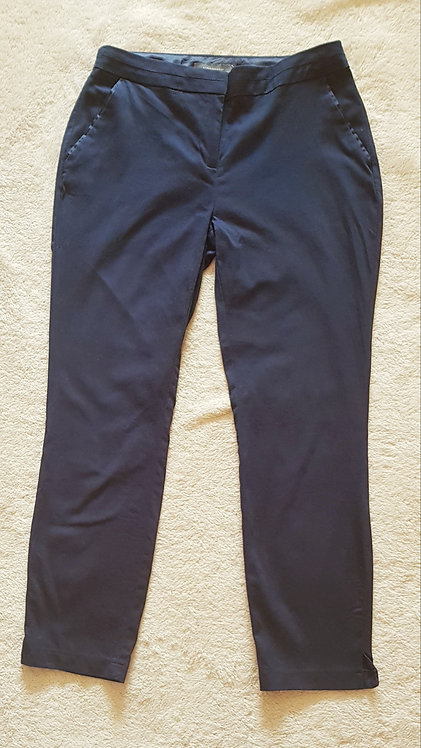 ATMOSPHERE Navy cropped trousers. Size 10