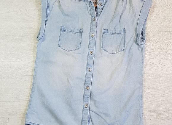 Denim Co sleeveless denim shirt. Size 8