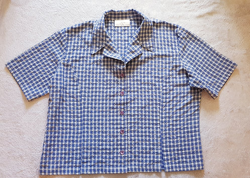 COUNTRY CASUALS Check shirt size 18