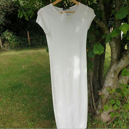 🌼Glamour babe white maxi dress. Size M/L