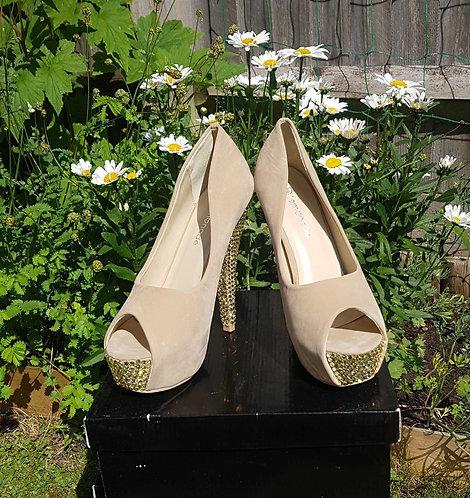 Lemonade beige suede style diamante heels. Uk 5 (38)