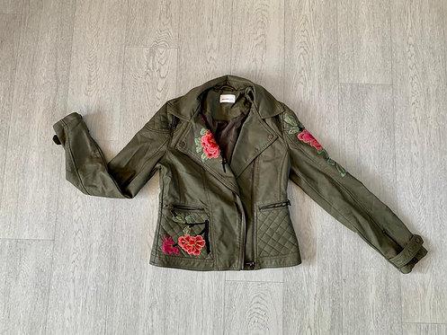 🌗Another Eight khaki leather look jacket. Size 8