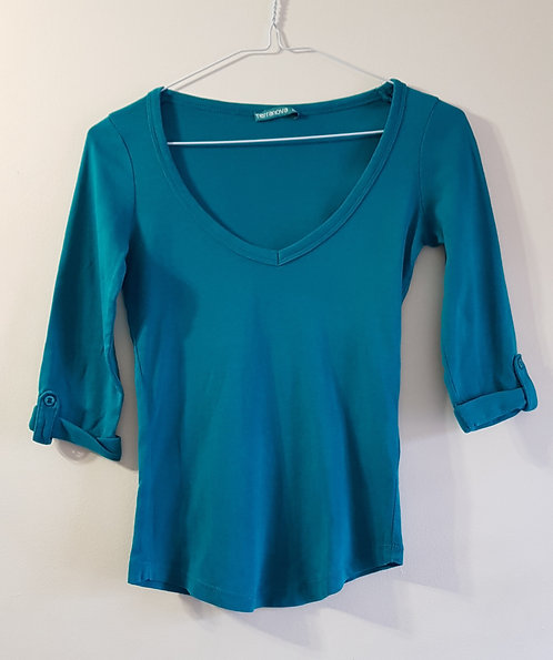 Terranova. Teal 3/4 sleeved top. Size XS.