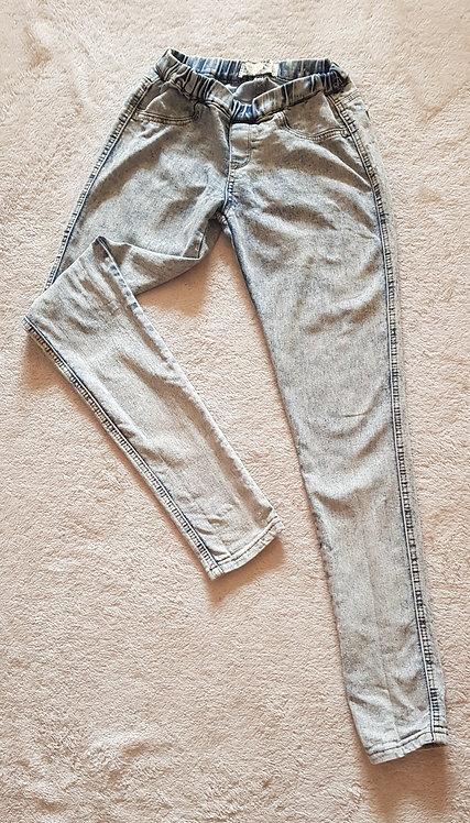 BOOHOO Skinny jeans with elasticated waist size 8