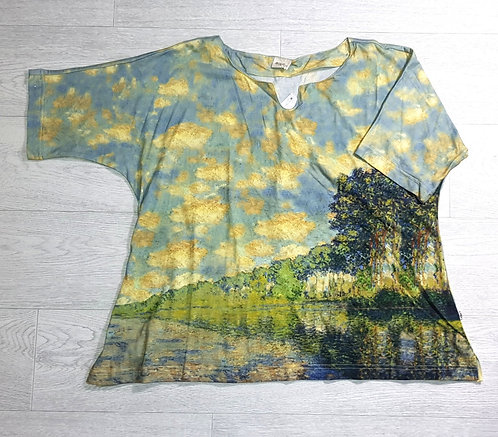 The Shop landscape t-shirt. Size M
