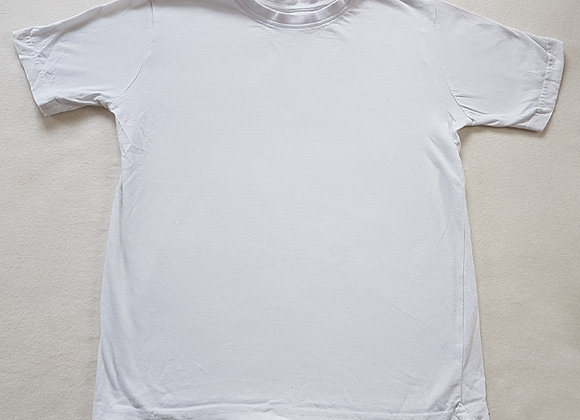 BACK TO SCHOOL. White short sleeve plain school top. Size 9-10 years.