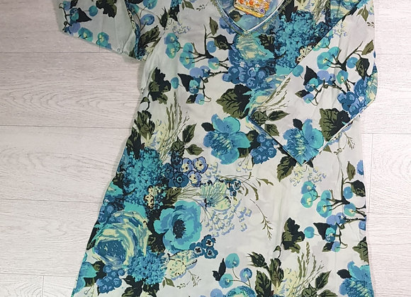 April Cornell white/turquoise bloom top. Size S