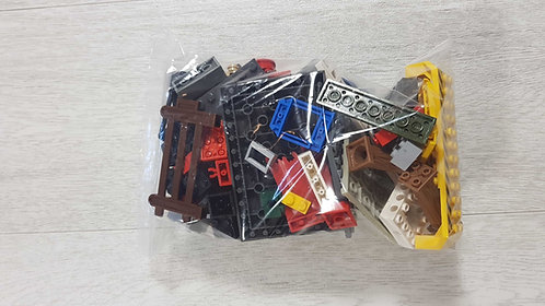 ◾Mixed bag of bricks and parts. (Lego/Lego compatible) 250g approximately