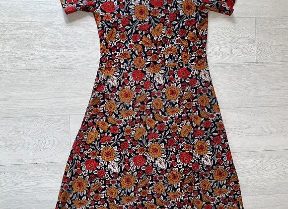 Boohoo floral cold shoulder dress. Uk 8