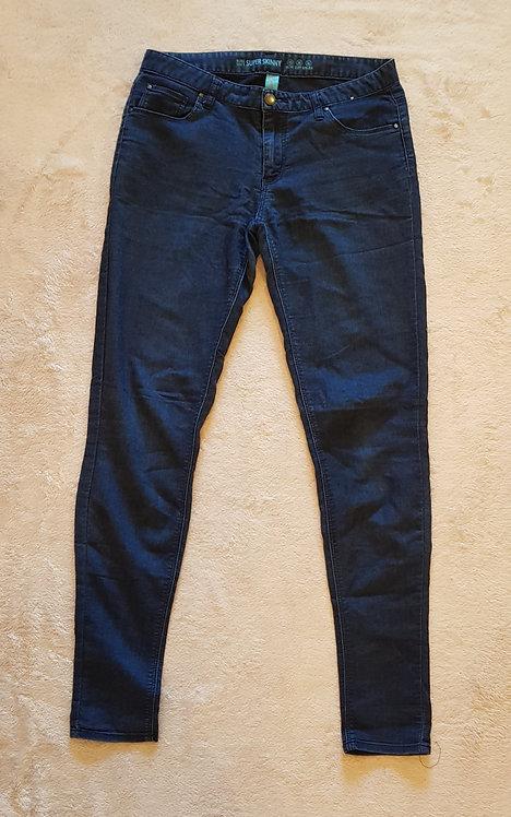 DENIM CO ultra soft super skinny jeans. Size 10
