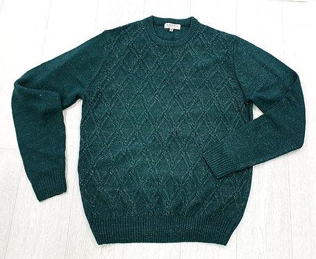 Canda green sweater. Size M
