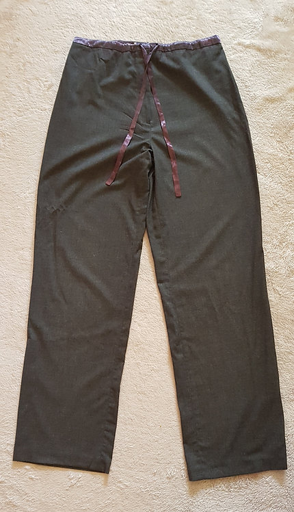 ETAM Grey trousers with ribbon trim.