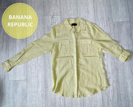 Banana Republic yellow shirt. Size M