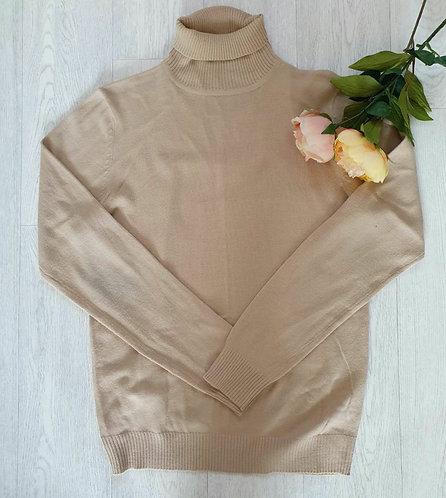 ○Industrialize beige roll neck sweater. Size L