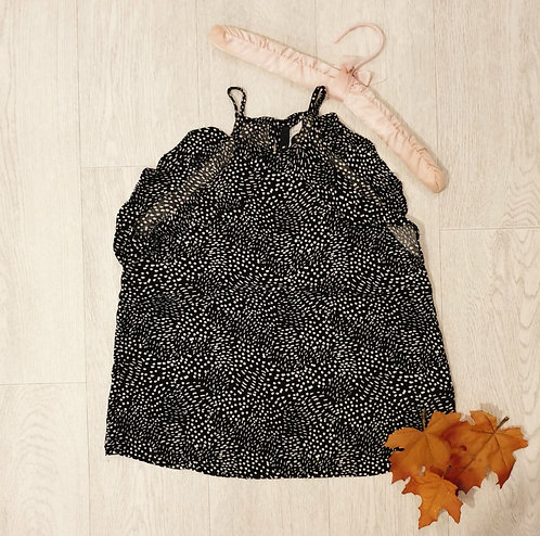 🌼H&M black spotty camisole with ruffles. Size 8