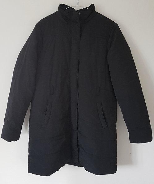 Black puffa coat. Size 16.