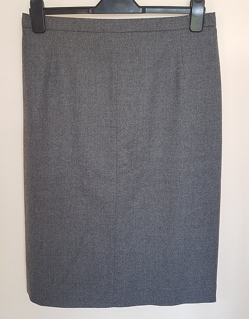 EASTEX. Grey below the knee skirt with zip up back. Size 14.