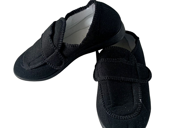 Black slippers. Uk 5 NWOT