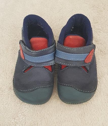 START-RITE Navy velcro crawler shoes. Infant size 4G