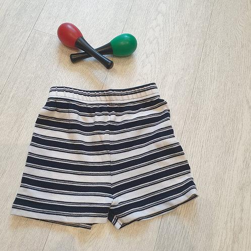 🧸Next navy/white shorts 6-9m